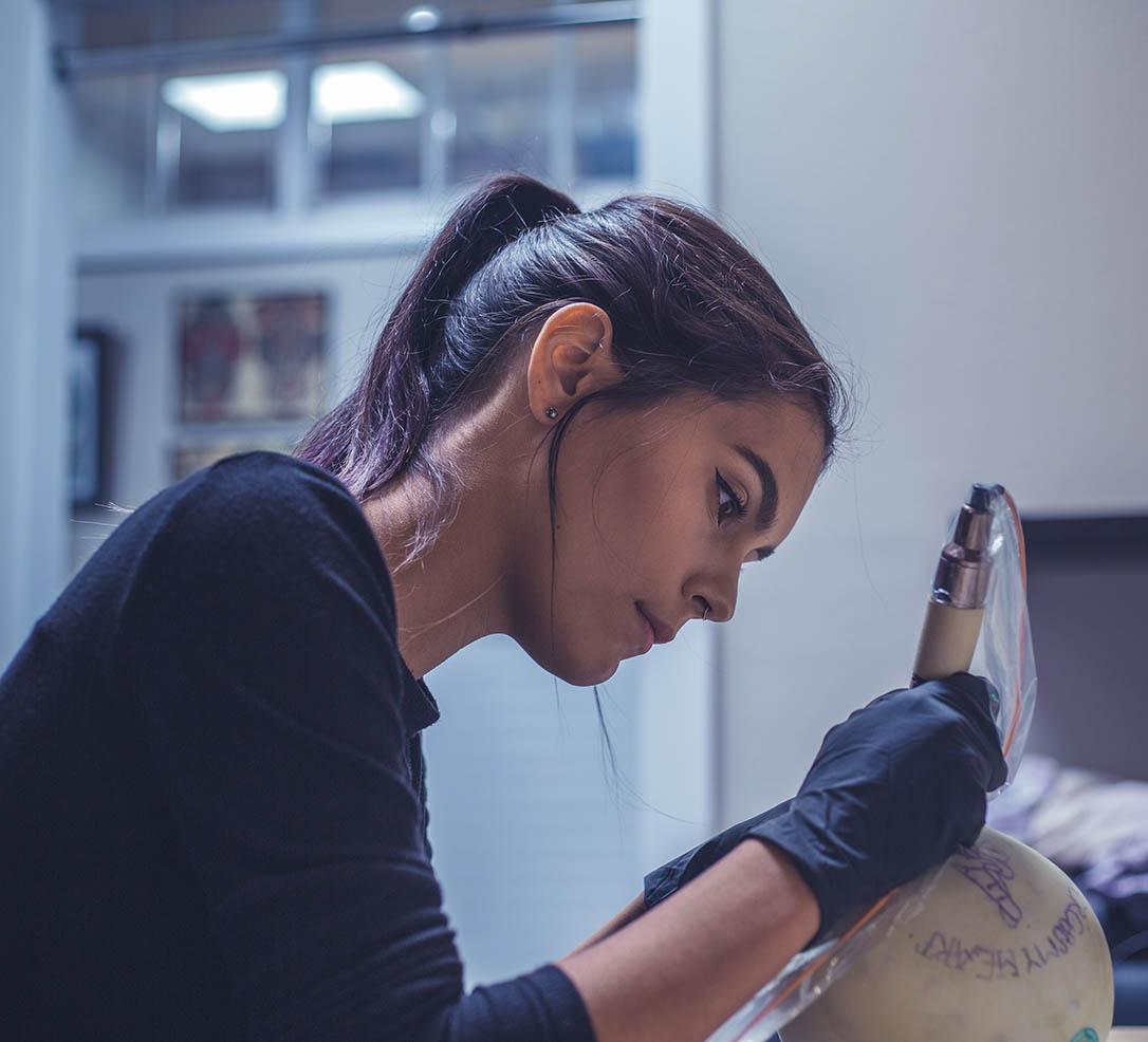 oregon tattoo school and licensing